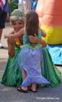 SeaWorld Spooktacular hug sea princess and mermaid